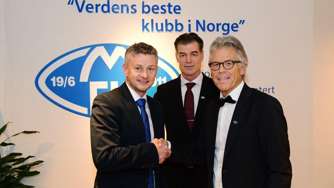 Solskjær fortsetter som manager i tre nye år