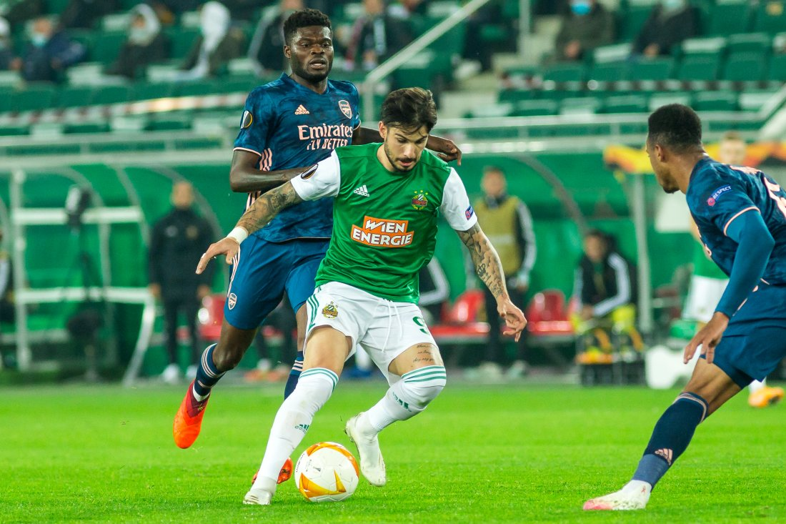 SK Rapid Wien - Arsenal FC 22.10.20 Taxiachis Fountas © Red Ring Shots - 073