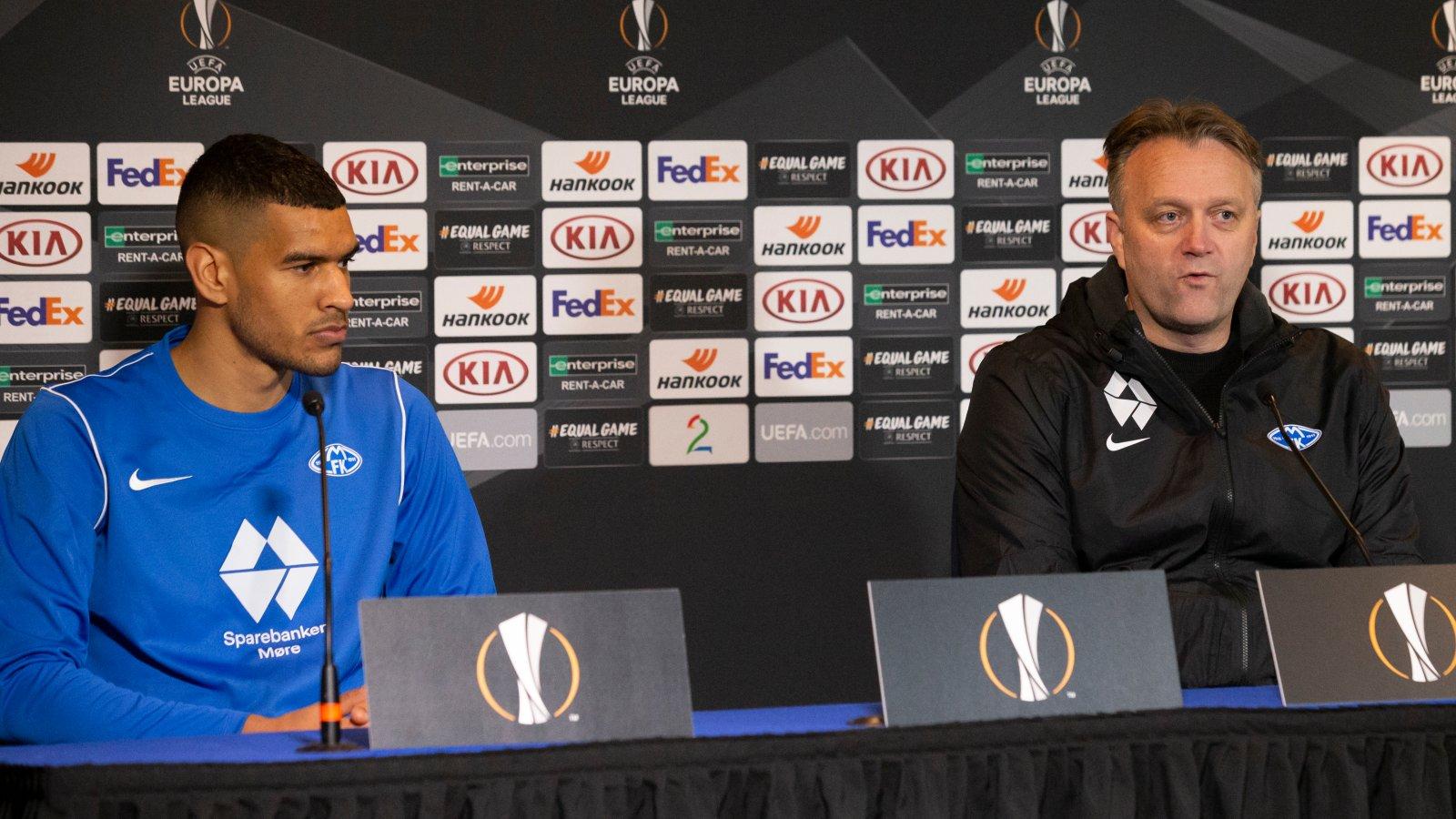 Pressekonferanse med Erling Moe og Ohi Omoijuanfo etter Europa League kampen mot Rapid Wien 2020