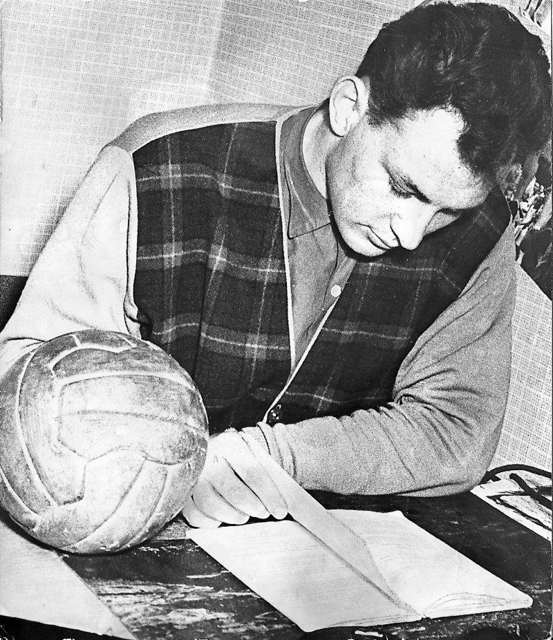 Putte måtte passe leksene også (1957)