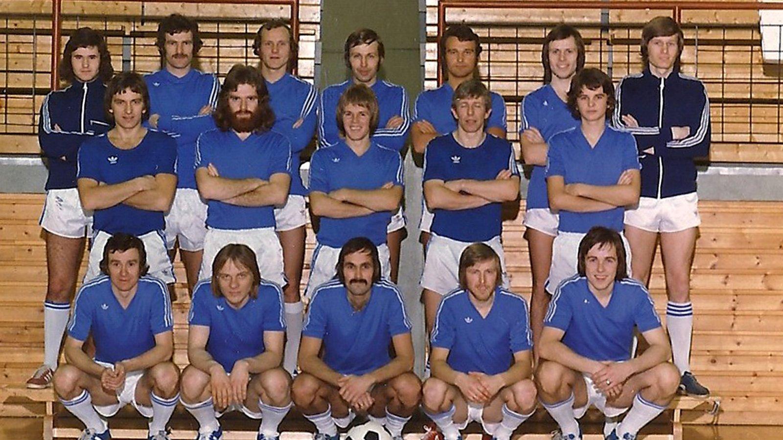 a527208d 1976 / Molde